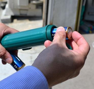 くもの巣キャッチャー3 電動式蜘蛛の巣クリーナー(掃除機)日本製 クモの巣除去駆除対策