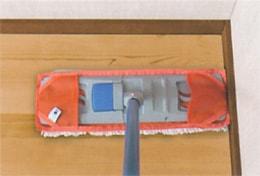 部屋のスミまで塗れる/セイワ ポケットモップ(ワックス用)