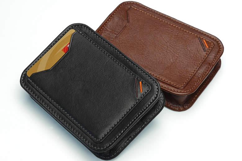 外に1つカードポケット