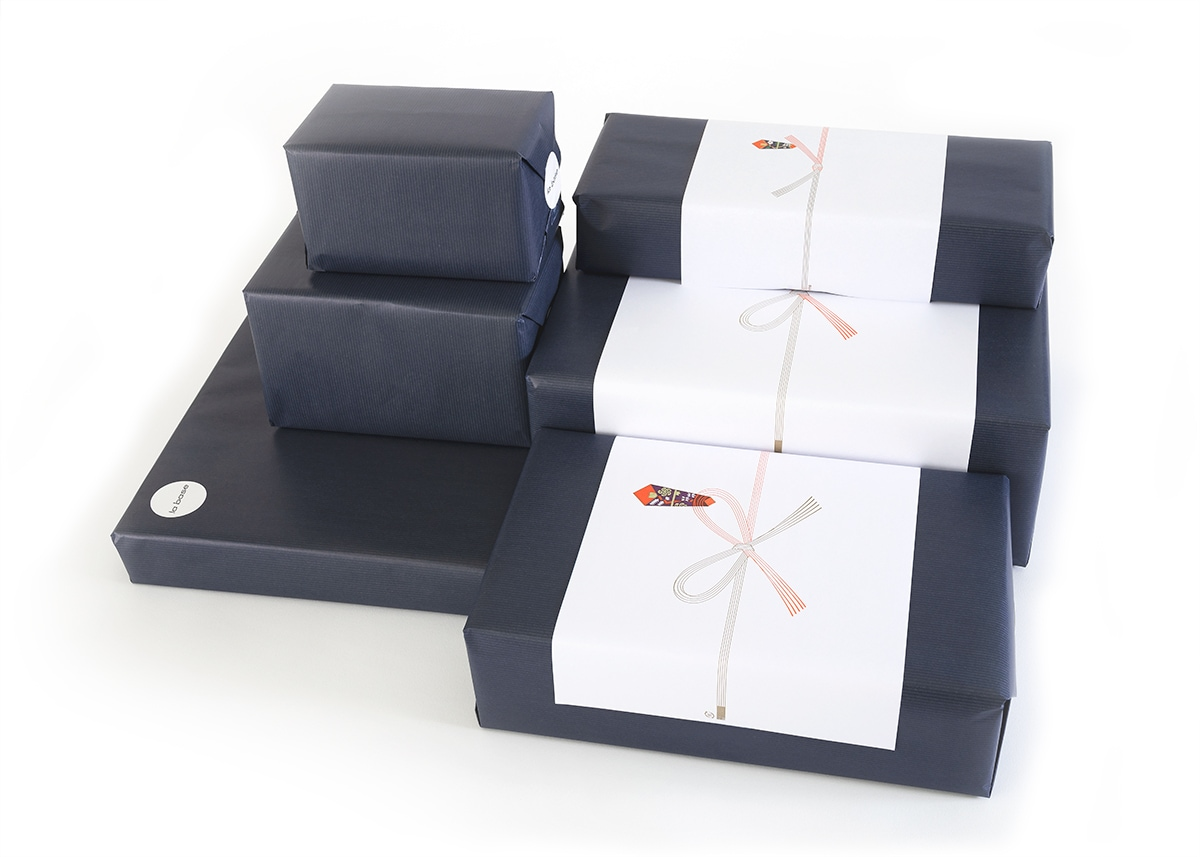gift-wrapping-image