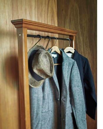antique hanger rack