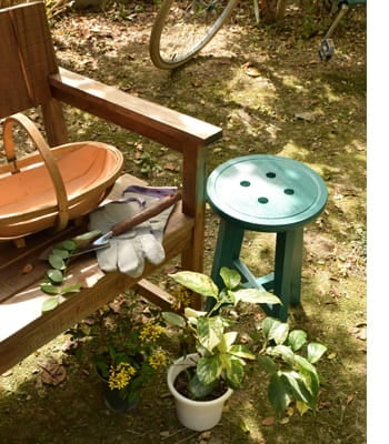 bottone stool