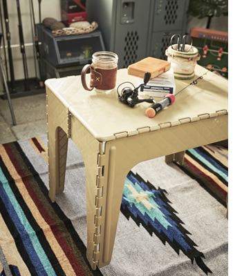crafter table squaer