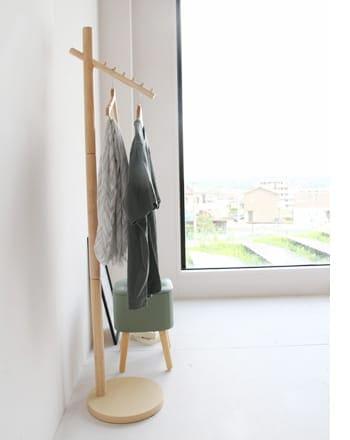 crane hanger stand