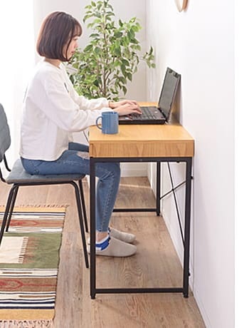 endeavor desk