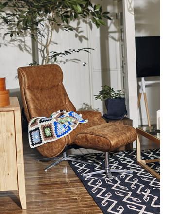 genial lounge chair
