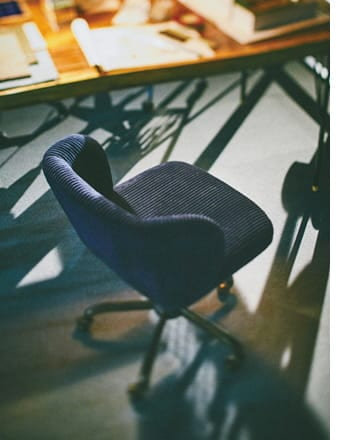 roll desk chair