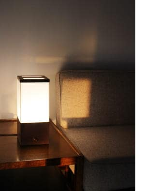 tomosu table light