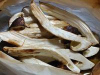 松茸(まつたけ)のオーブンペーパー焼き
