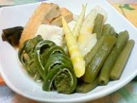 コゴミ、姫竹、ヤマブキ、薊の茎の煮物