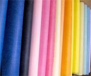 色や素材、織柄など豊富な種類のラッピングペーパー