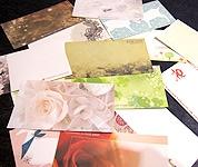 豊富な種類のメッセージカード
