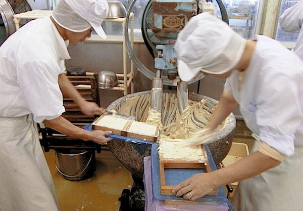 紅白はんぺん(しきしま蒲鉾) こじま製麺