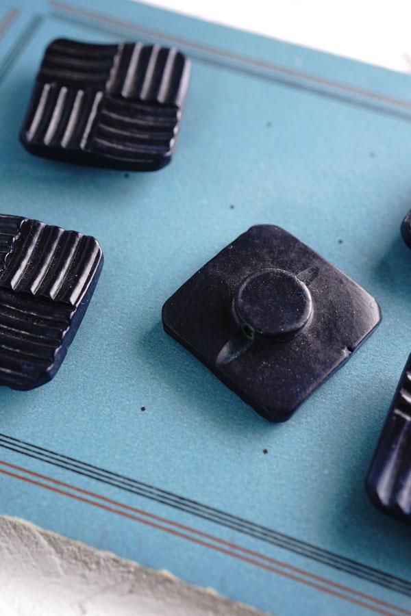 アールデコのベークライトボタンW2.8cm gs-1309