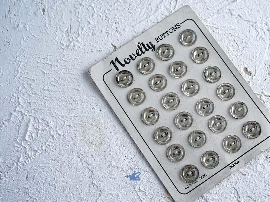 Novelty buttonsシルバーのガラスボタン4個セットW1.1cm gs-1311