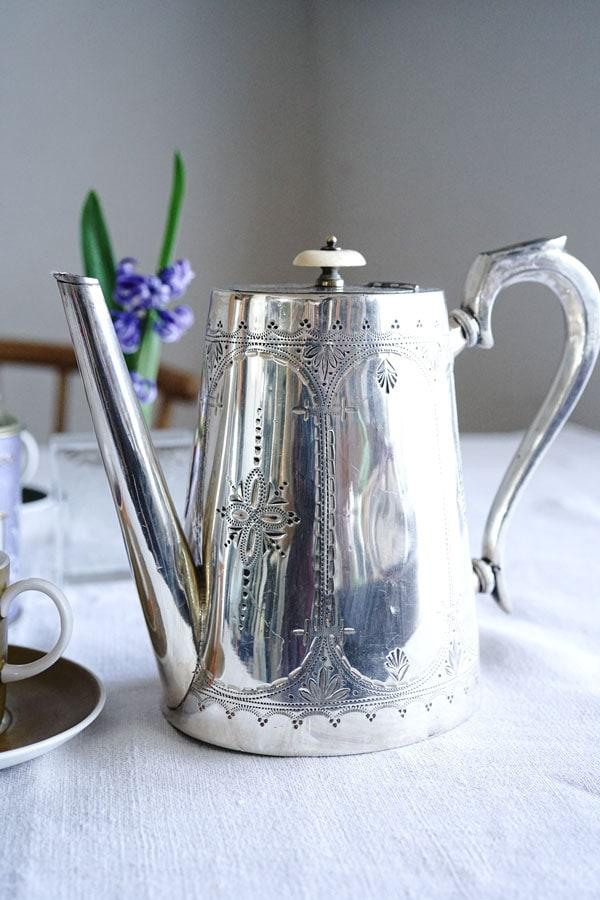 ヴィクトリアンシルバープレートコーヒーポットH19cm 1870年代頃 gc-807