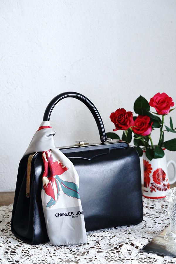 ヴィンテージイタリア製ブラック革バッグ1960年代 W29×H22×マチ10cm gb-294