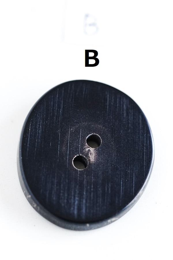 アンティークアニマルの角のボタン3.5×3cm gs-1395