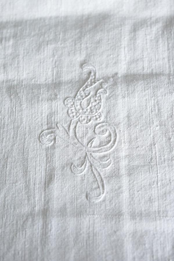 アンティーク手織りリネン刺繍モノグラム入りシーツW200×L236cm gli-0307