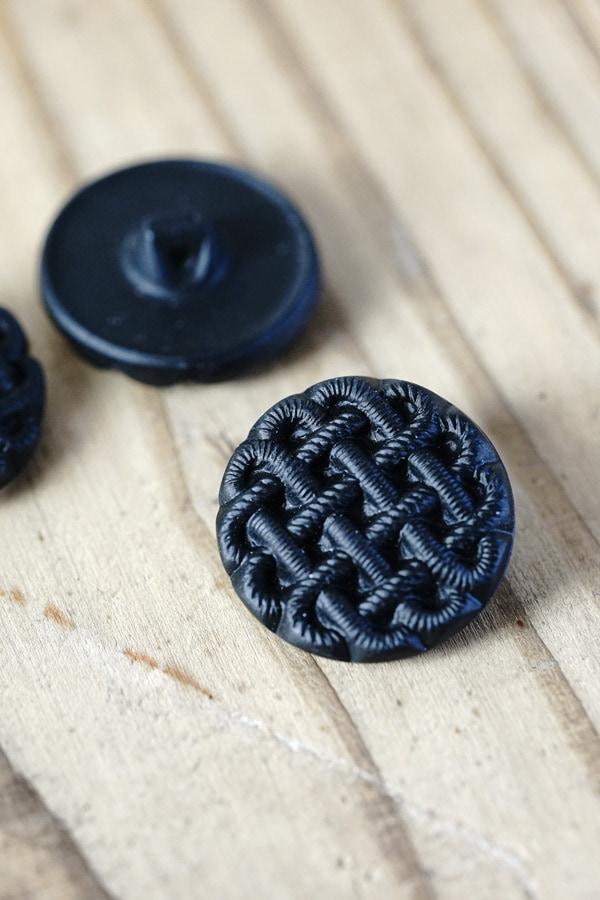 ヴィンテージブラック糸コード型押しガラスボタンW2.2cm gbu-015
