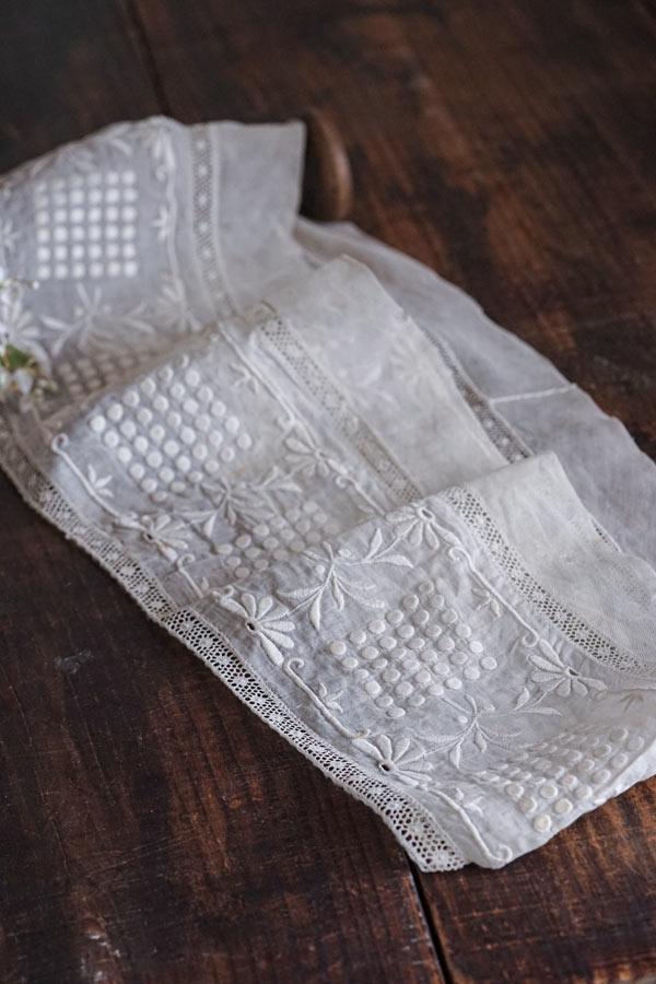 アンティークオーガンジーにホワイトワーク刺繍パーツ59×2×17cm ge-878