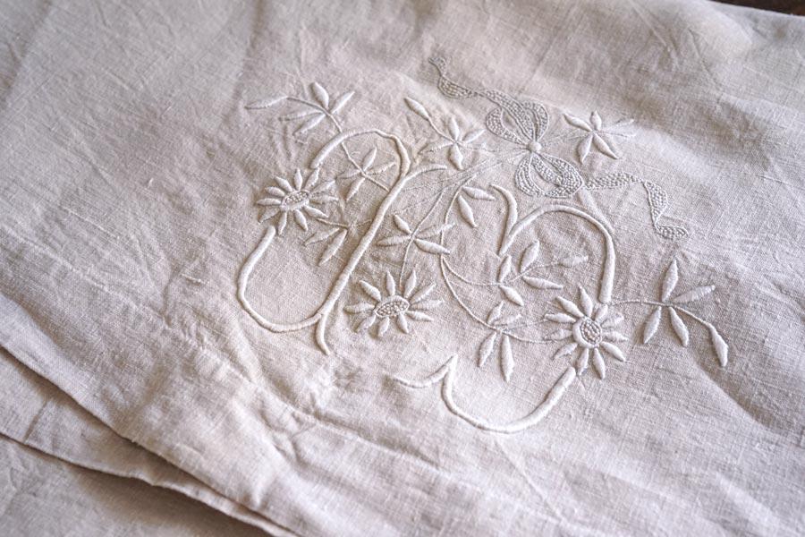 アンティークフレンチリネンシーツモノグラム刺繍入り W203×260cm gli-0310