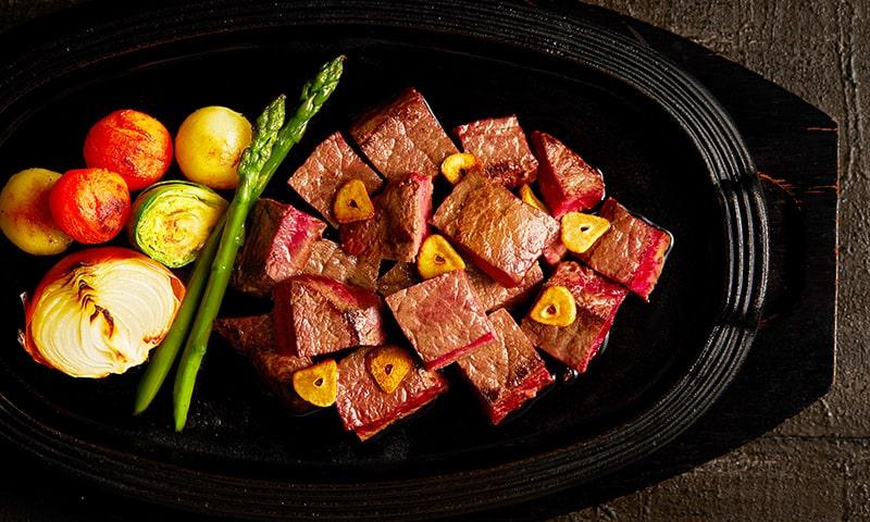 鯨肉の炙りステーキ