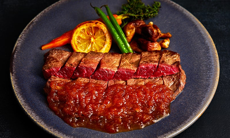 鯨赤肉ステーキ