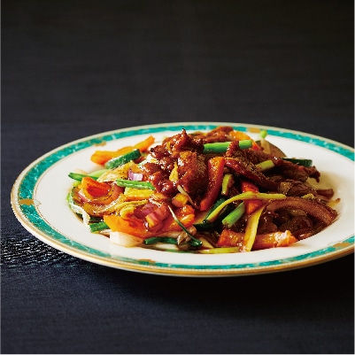鯨肉のネギ生姜炒め