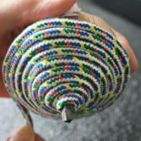鉄芯のこまの紐の巻き方05