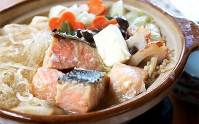 特製味噌で 鮭の旨みたっぷり石狩鍋