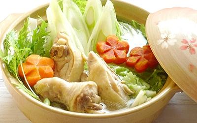 白ねぎぽん酢で 鶏もも肉の水炊き