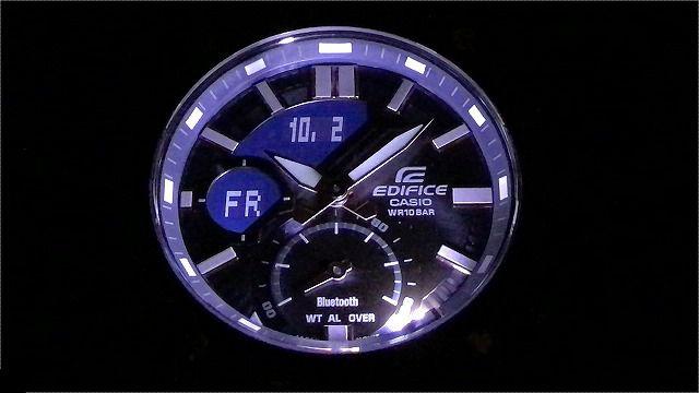 CASIO EDIFICE ECB-20YDC-1AJFライト点灯