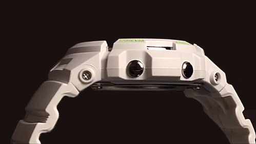 カシオGショック白 ソーラー電波腕時計 CASIO G-SHOCK AWG-M100SWG-7AJF