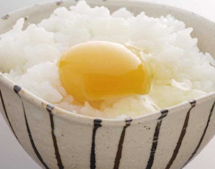 卵かけご飯専用茶碗の使用イメージ画像