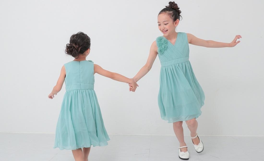 結婚式の子供ドレス