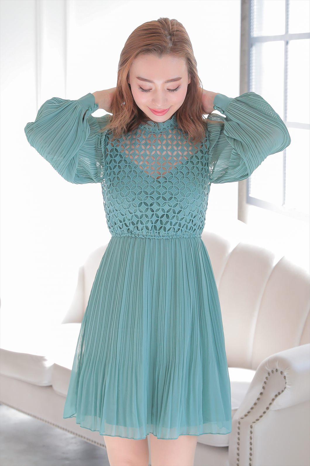 低身長でやせ型の方におすすめのドレス