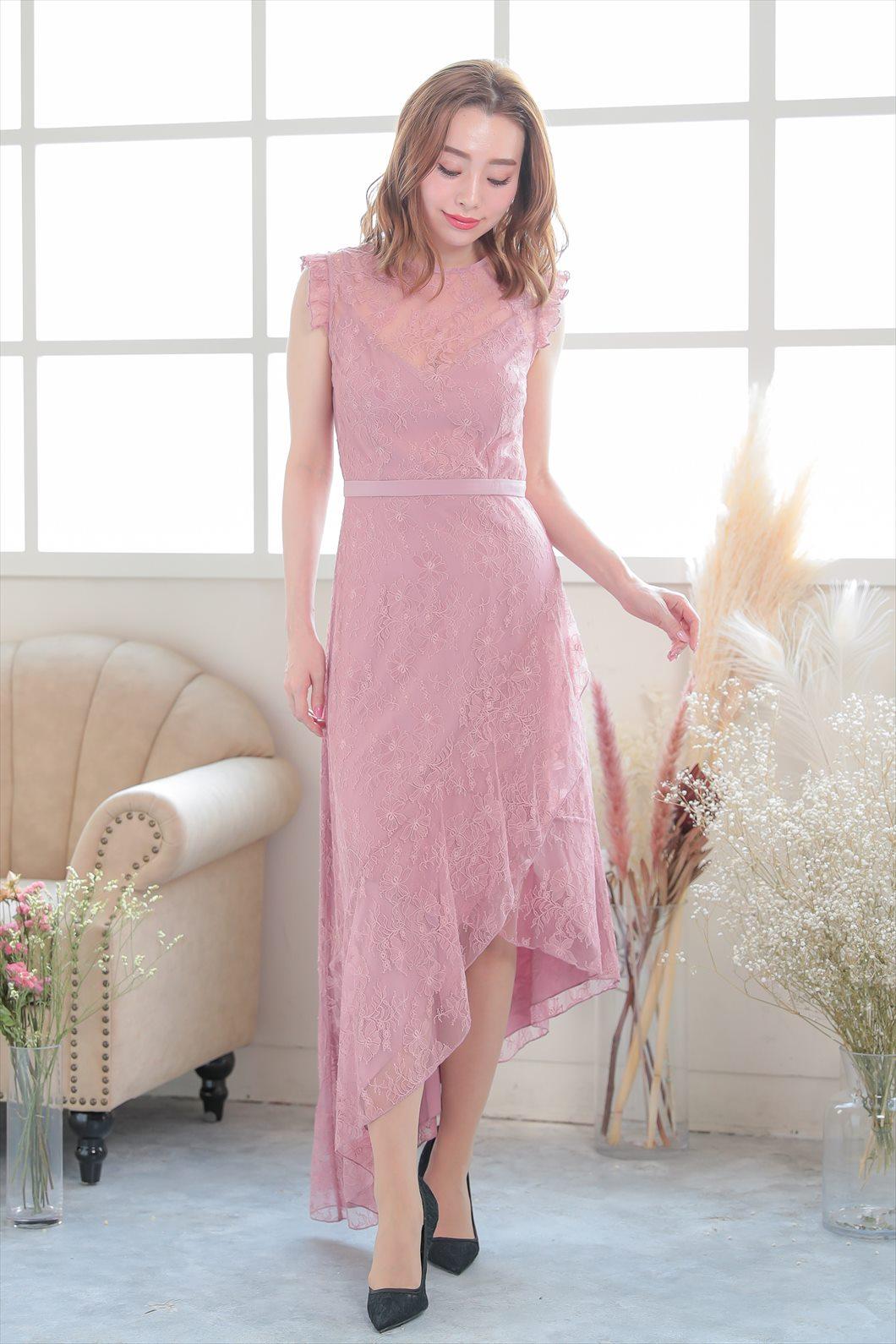 低身長で丸顔の方におすすめのドレス