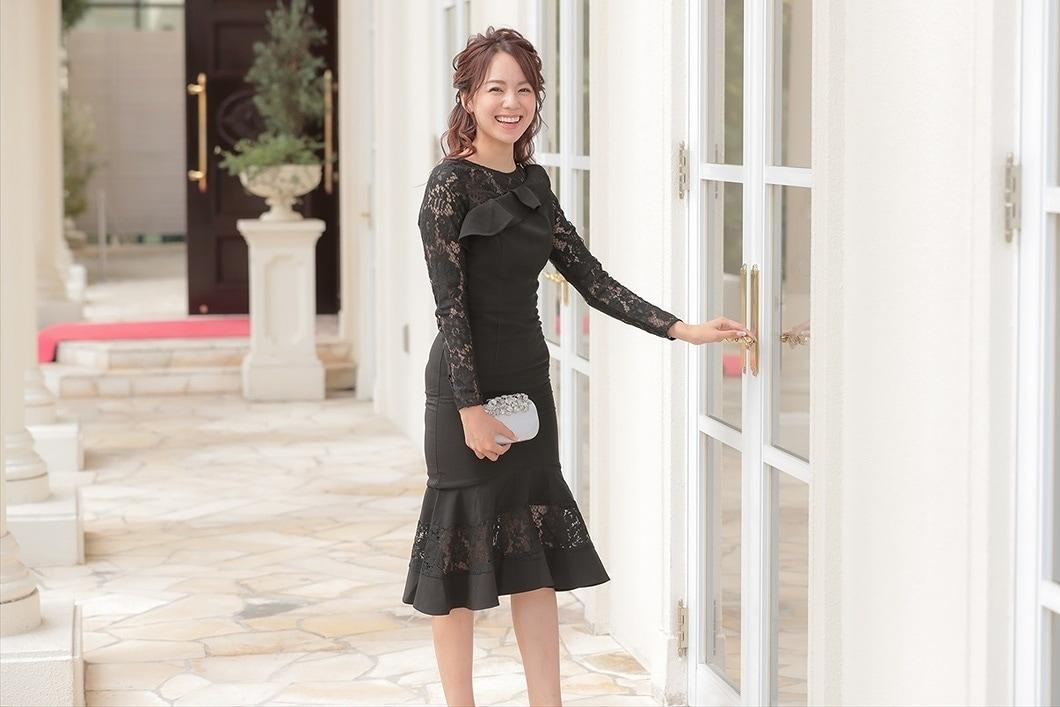 謝恩会には黒のドレスでいくべき?