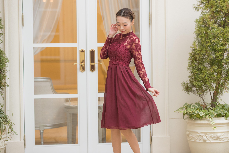 体系別ドレス選びハイウエストのドレスで美脚効果アップ