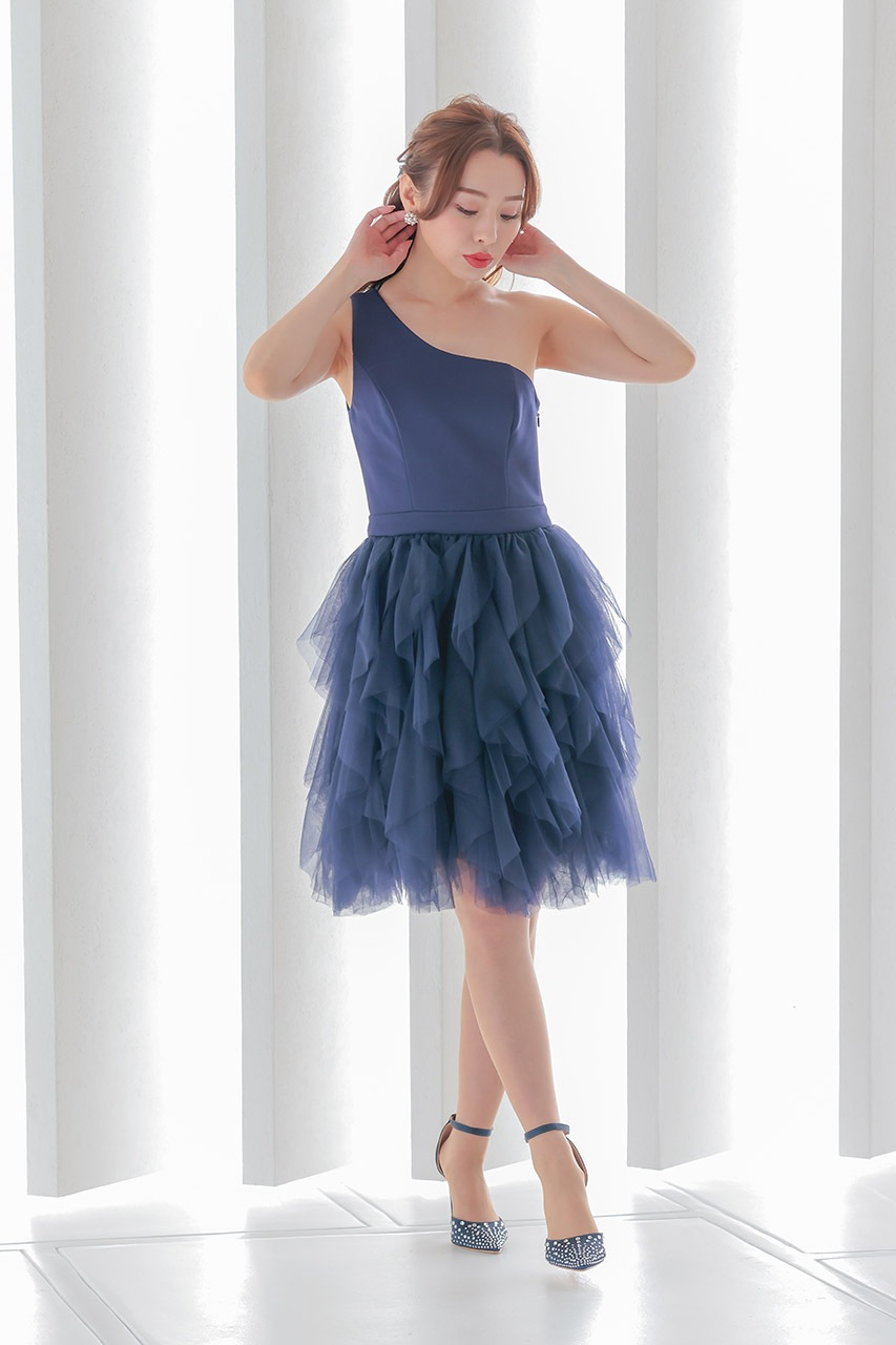 チチロンドンのおすすめ新作ドレス2