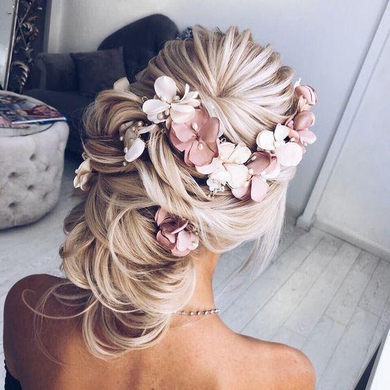結婚式のヘアスタイル