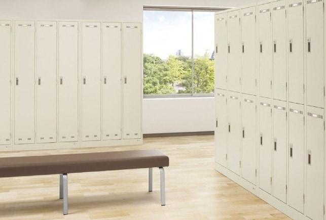 ニューグレーロッカーの更衣室での使用イメージ