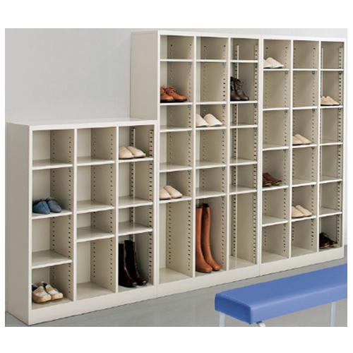 可動する棚で様々なサイズの収納に対応するスチールキャビネット