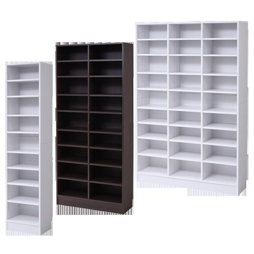 棚板の自由度が高い木製の壁面オープン書庫