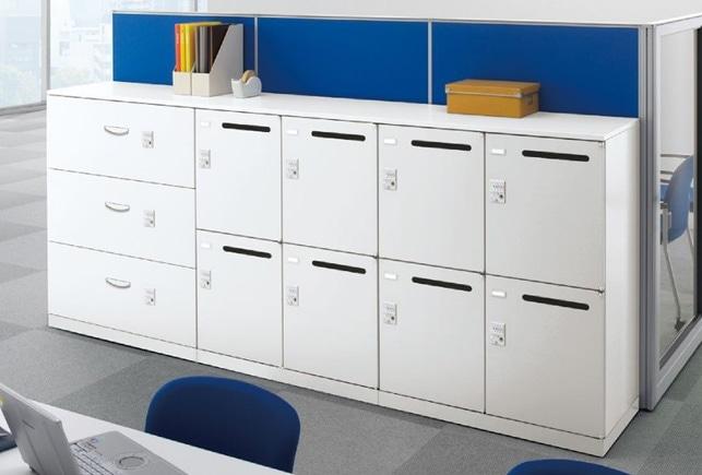 メールボックスと3弾のラテラルキャビネットのオフィスレイアウトイメージ