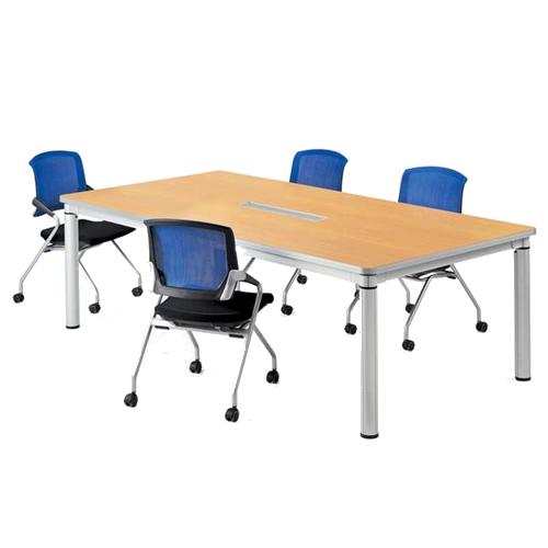 会議室でミーティングテーブルとミーティング用チェアをレイアウトしたイメージ