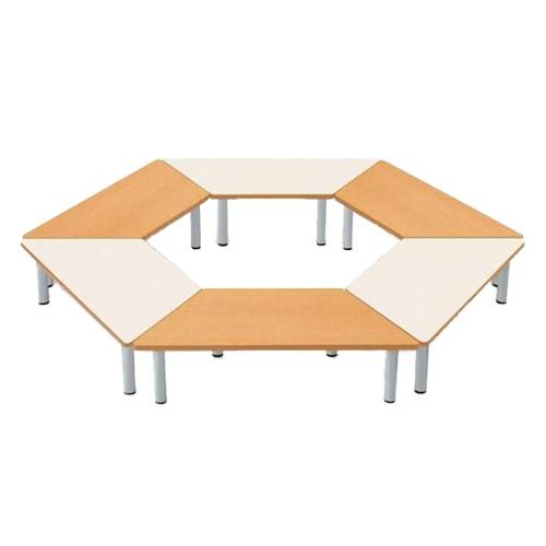 学校や塾などの教育施設で人気な学校の規模によって組み合わせられるテーブル