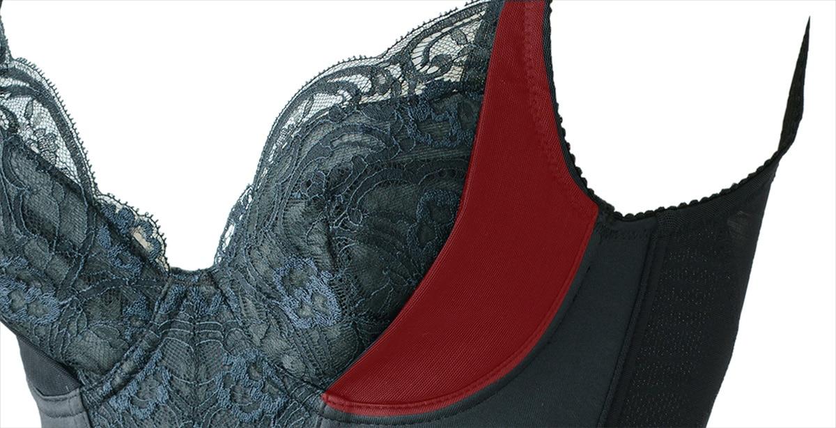 ブルームのセミブラは背中や脇に流れやすいお胸をキャッチする脇高サイドボーンで贅肉をカバー