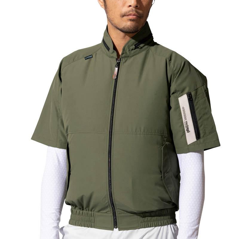 空調風神服 AT045 モデル着用